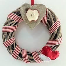 Risultati immagini per cucchiai di legno natalizi