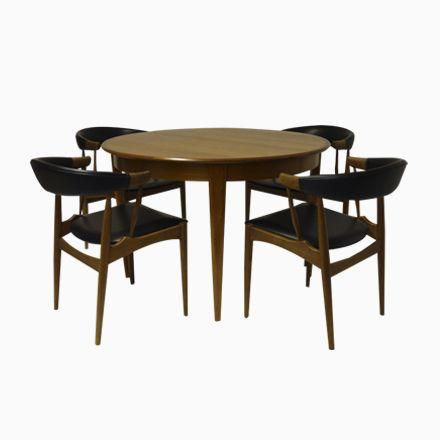 Ausziehbarer Esstisch Mit Zwei Erweiterungen U0026 Vier Stühle Von Brdr. A...  Jetzt Bestellen Unter: Https://moebel.ladendirekt.de/kueche Und Esszimmer/ Tische/ ...