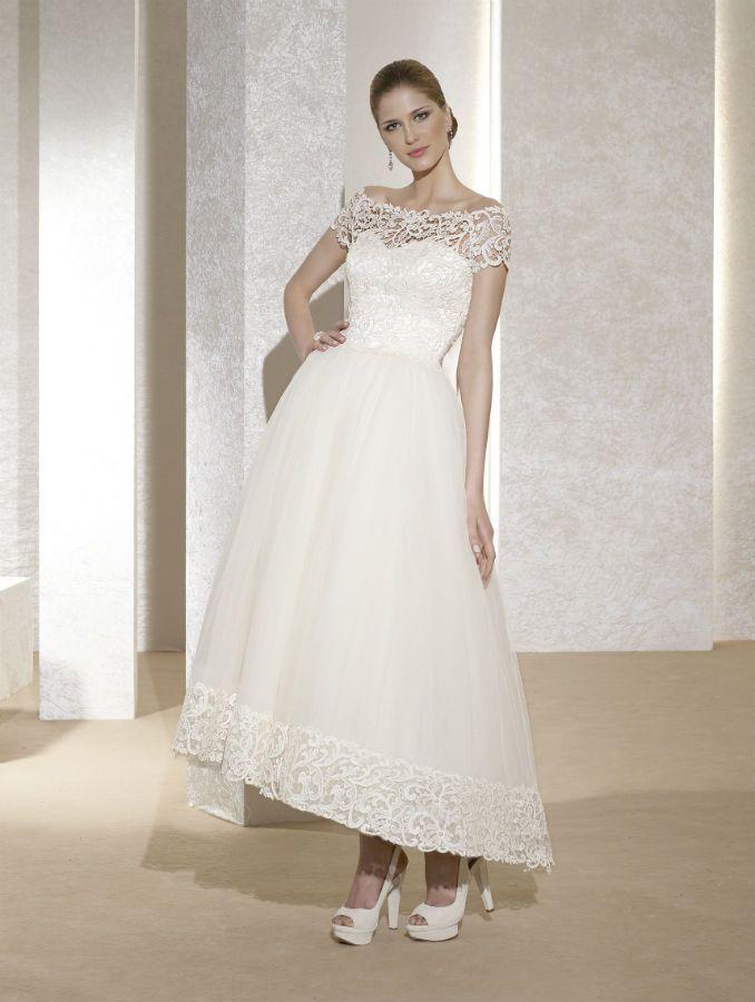 Novia D\'Art: Barbara (Size 12) | Dresses ireland, Wedding dress and ...