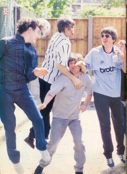 Jump! Oasis! Jump!