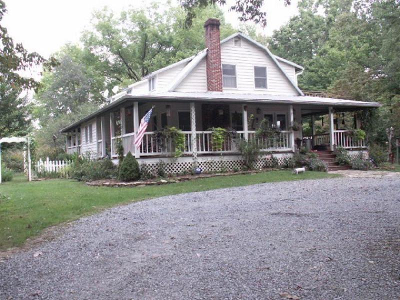 1938 Farmhouse Country Farm House in