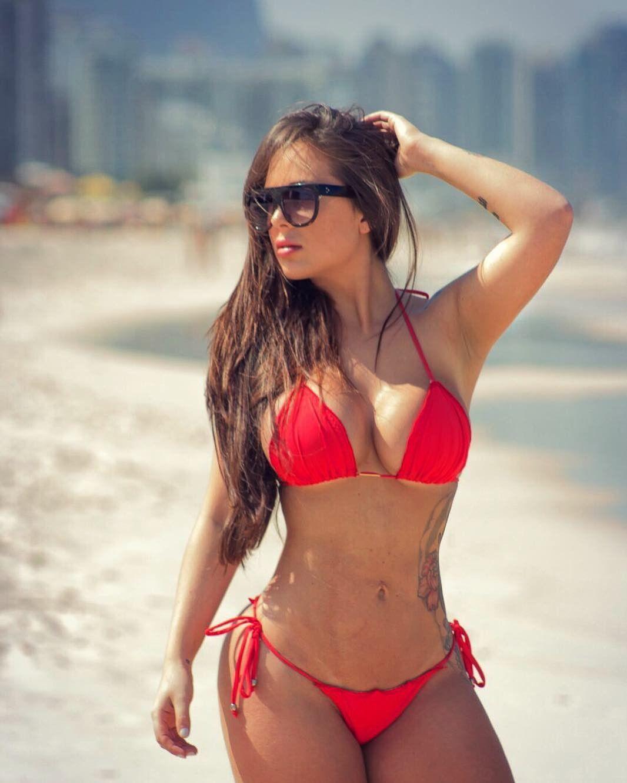 Pin de John Jones en Swimsuit hotties   Chicas en bikini
