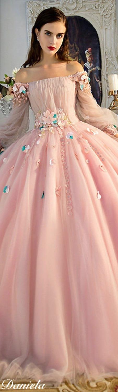 Bonito Vestidos De Novia Cenicienta Motivo - Colección del Vestido ...