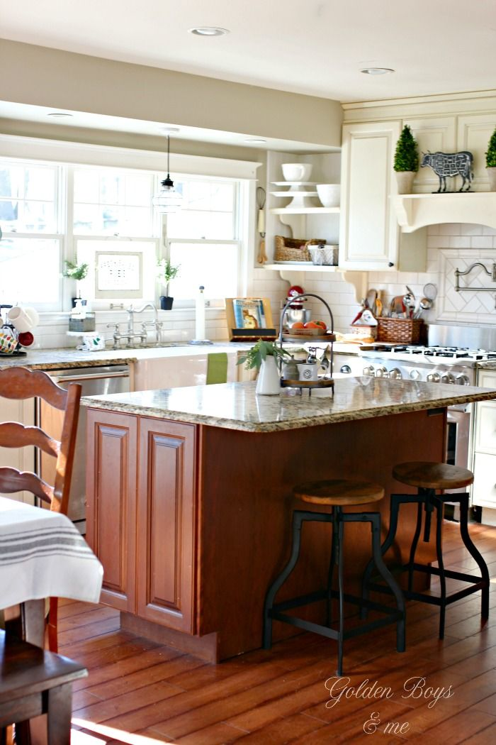 Cozy Farmhouse Style In Our Kitchen In 2019 Diy Projects
