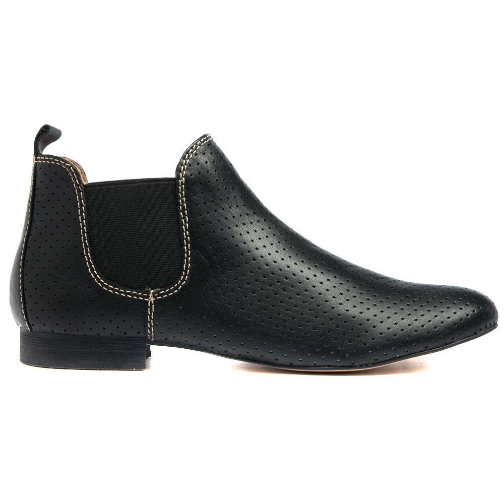 GLOBALW14 | Cinori Shoes #leather #black #chelseaboots #booties #ankleboots #print #lowheel #flatheel #cinori #djangojuliette #winter #aw14