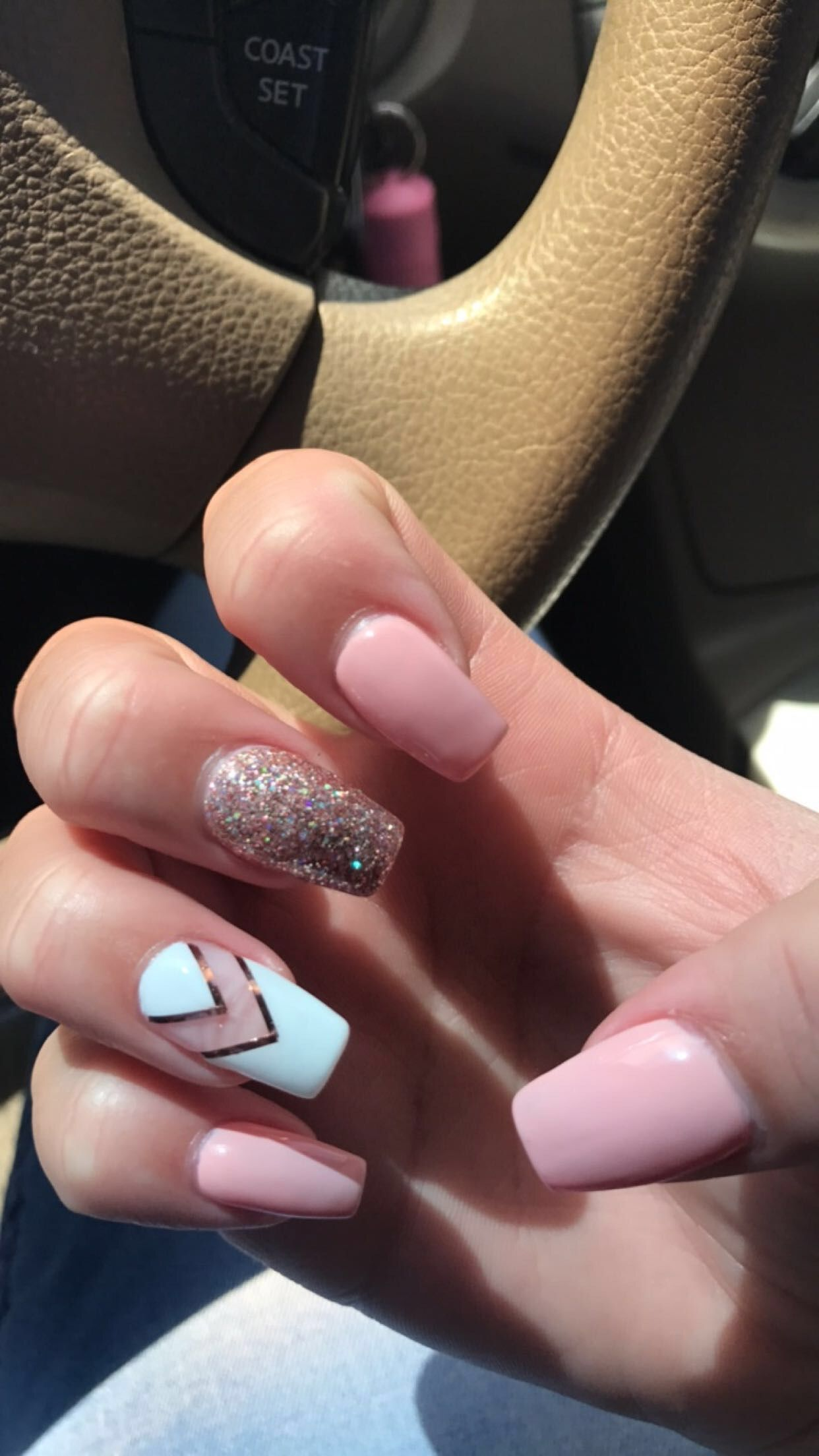 Instagram Photo By Nailsbysab Apr 17 2016 At 6 22pm Utc Pink Glitter Nails Instagram Nails Pink Nails