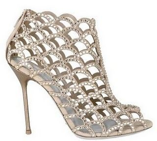 1000  images about Heels on Pinterest   Shoes heels Peep toe