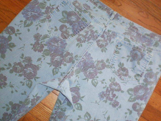 "WOMENS 22W GLORIA VANDERBILT floral print CAPRIS jeans PANTS ""AMANDA"" stretchy #GloriaVanderbilt #CapriCropped"