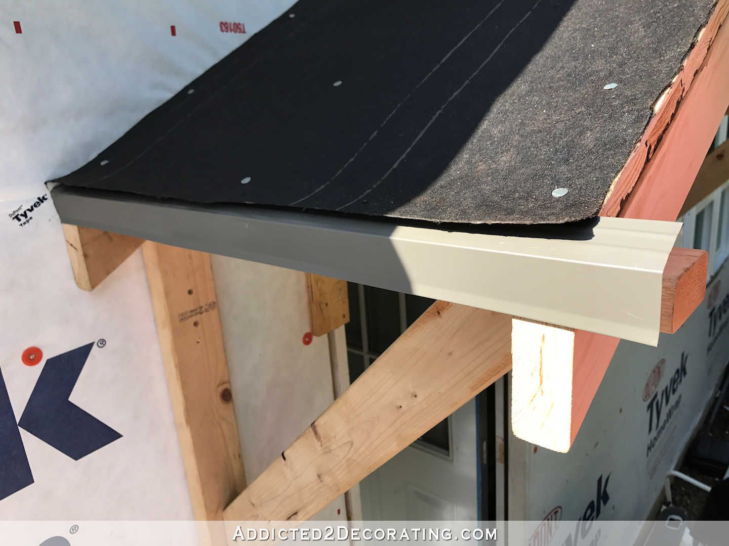 Diy Portico Part 2 Finishing The Ceiling The Roof Addicted 2 Decorating Diy Roofing Portico Roofing Diy