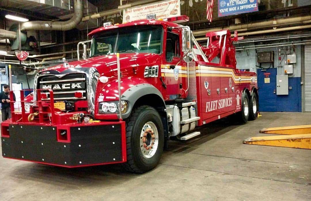 Gefallt 2 276 Mal 10 Kommentare Chief Miller Chief Miller Auf Instagram Featured Post Kempterfirewire Fdny Fleet Fire Trucks Trucks Police Truck