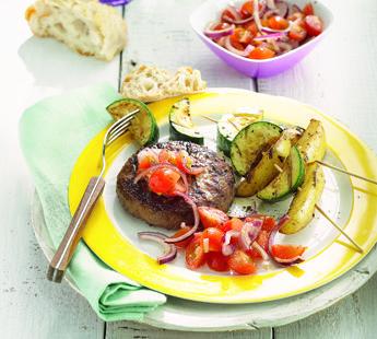 Grillburger met courgette spies - Recept - Jumbo Supermarkten