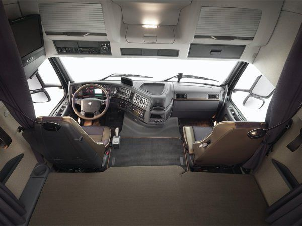 FH16 euro 5 interieur | Trucks | Pinterest | Volvo trucks and Volvo