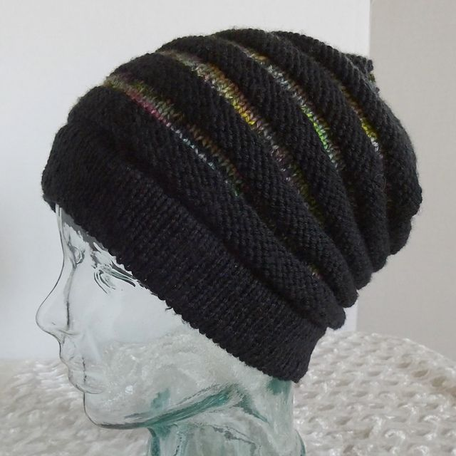 Ravelry: Project Gallery for wurm pattern by Katharina Nopp | Hats ...