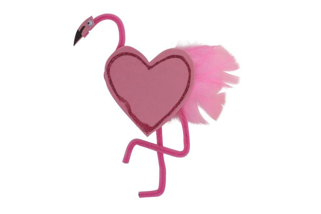 This pretty pink fab flamingo is a great project for keeping little hands busy during the holidays, let's get making!