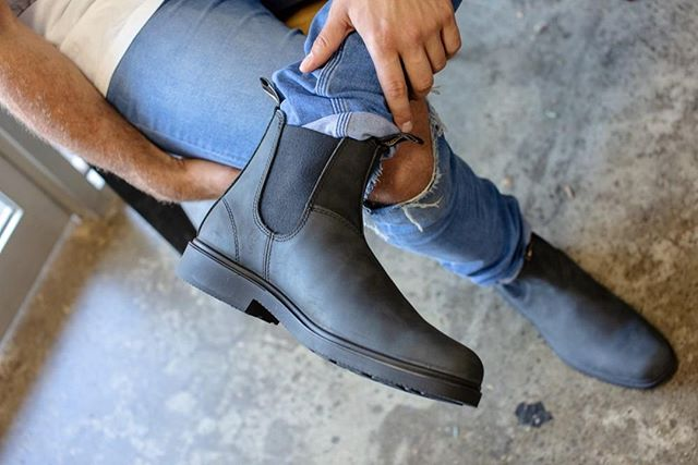 Everything Australian On Instagram Blundstone Urban S 1308 In Rustic Black Is Made Using Premium Suede Leather Thi Urban Style Boots Rustic Black Blundstone