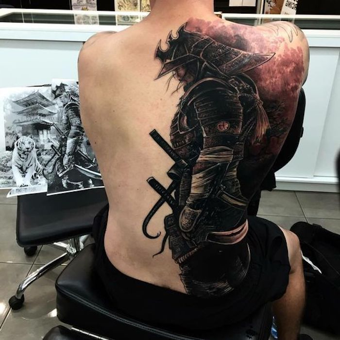 1001 coole und effektvolle samurai tattoo ideen tattoo amazing tattoos and tatoos. Black Bedroom Furniture Sets. Home Design Ideas