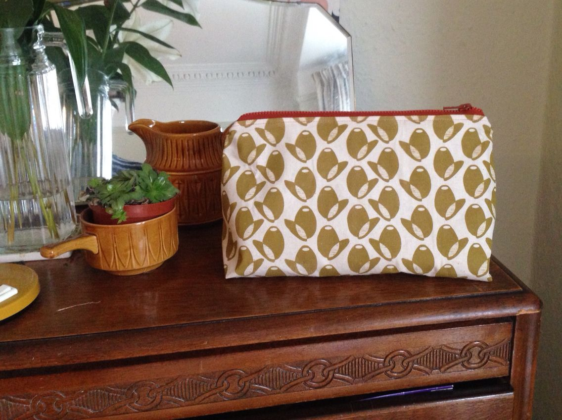 Olive Screen Printed Washbag