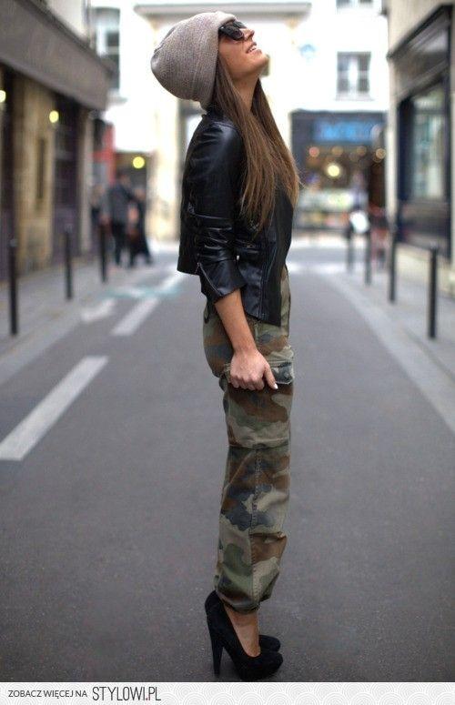 Jak Nosic Spodnie Moro Szukaj W Google Fashion Urban Fashion Style