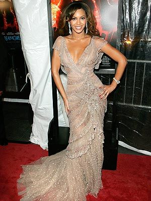 What We Think Beyonce Should Wear to the Golden Globes