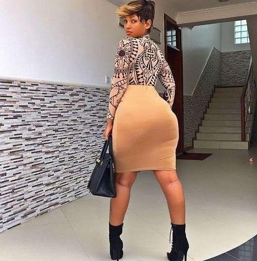 Amateur Ebony Huge Tits
