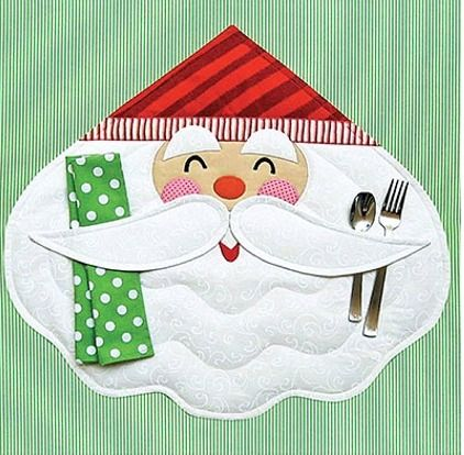 Santa Placemat Pattern - Quilting Digest