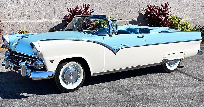 1955 Ford Fairlane Sunliner – Snowshoe White 272 V8