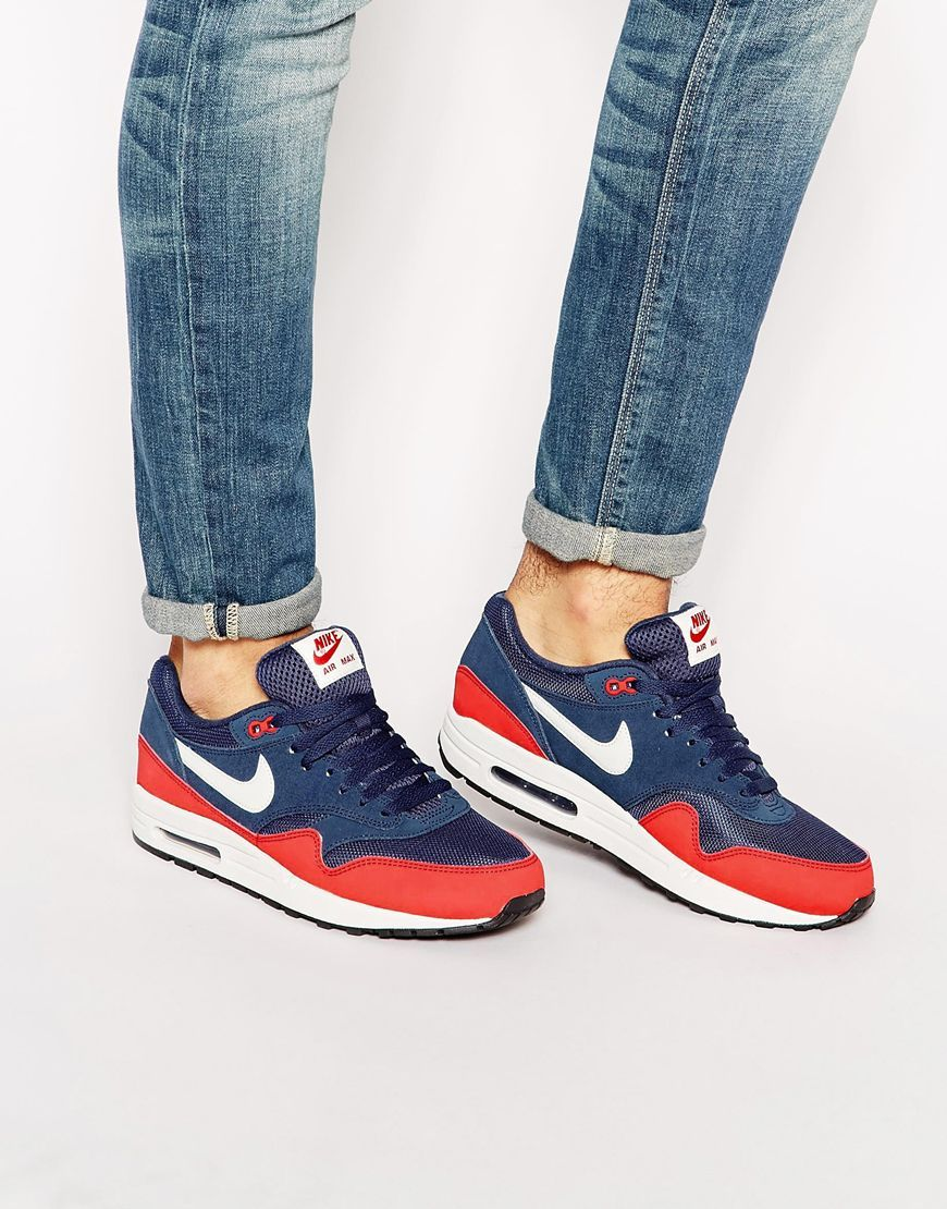 Nike Air Max 1 Essential Trainers 537383 400