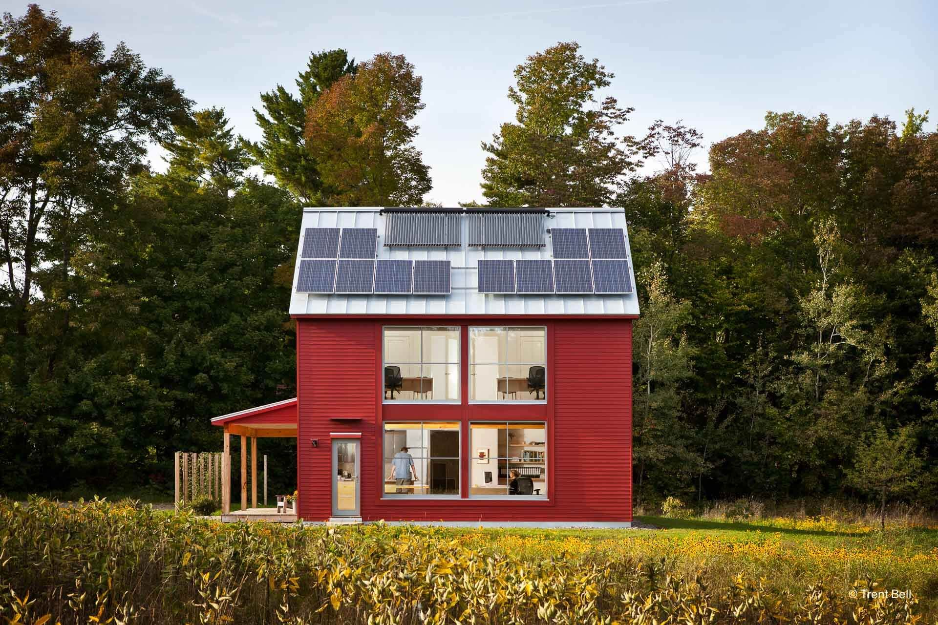 Go Home By Go Logic Designed By Go Logic This Two Story Passive House Design Features A 1 500 Square F With Images Passive House Design Modern Prefab Homes Prefab Homes