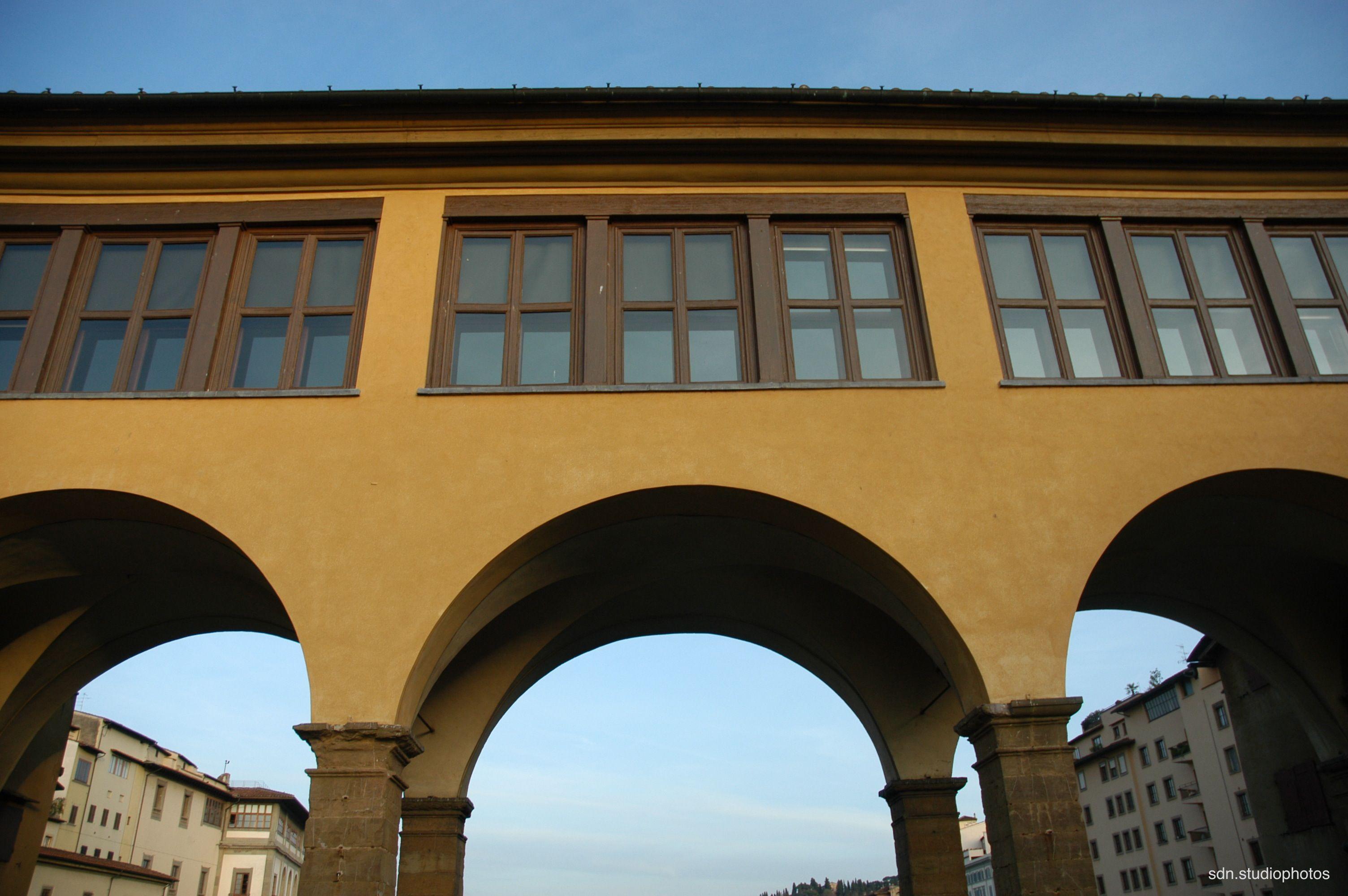 Ponte vecchio firenze toscana italy le grandi - Finestre panoramiche ...