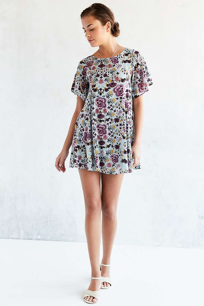 c2d824d4c602 Kimchi Blue Floral Fields Flutter-Sleeve Frock Dress - Urban Outfitters