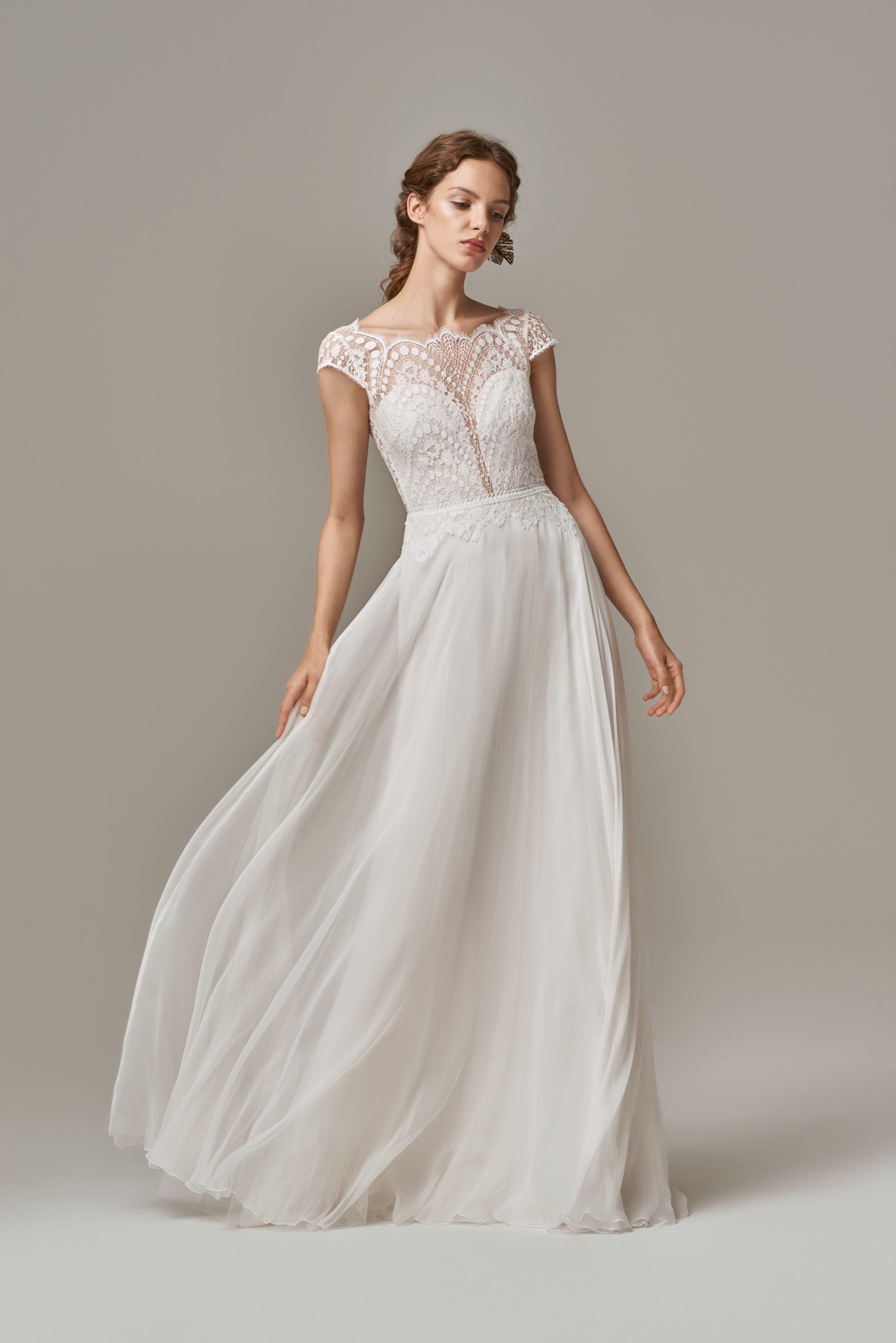 Anna Kara  Elegant wedding dress, Elegant bridal gown, Wedding