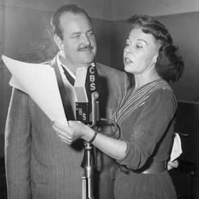 William Conrad, left, sings with the U.S. Air Force Band