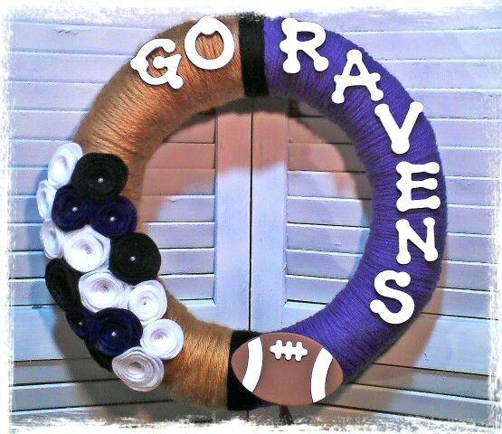 Baltimore Raven Yarn and felt flower wreath.