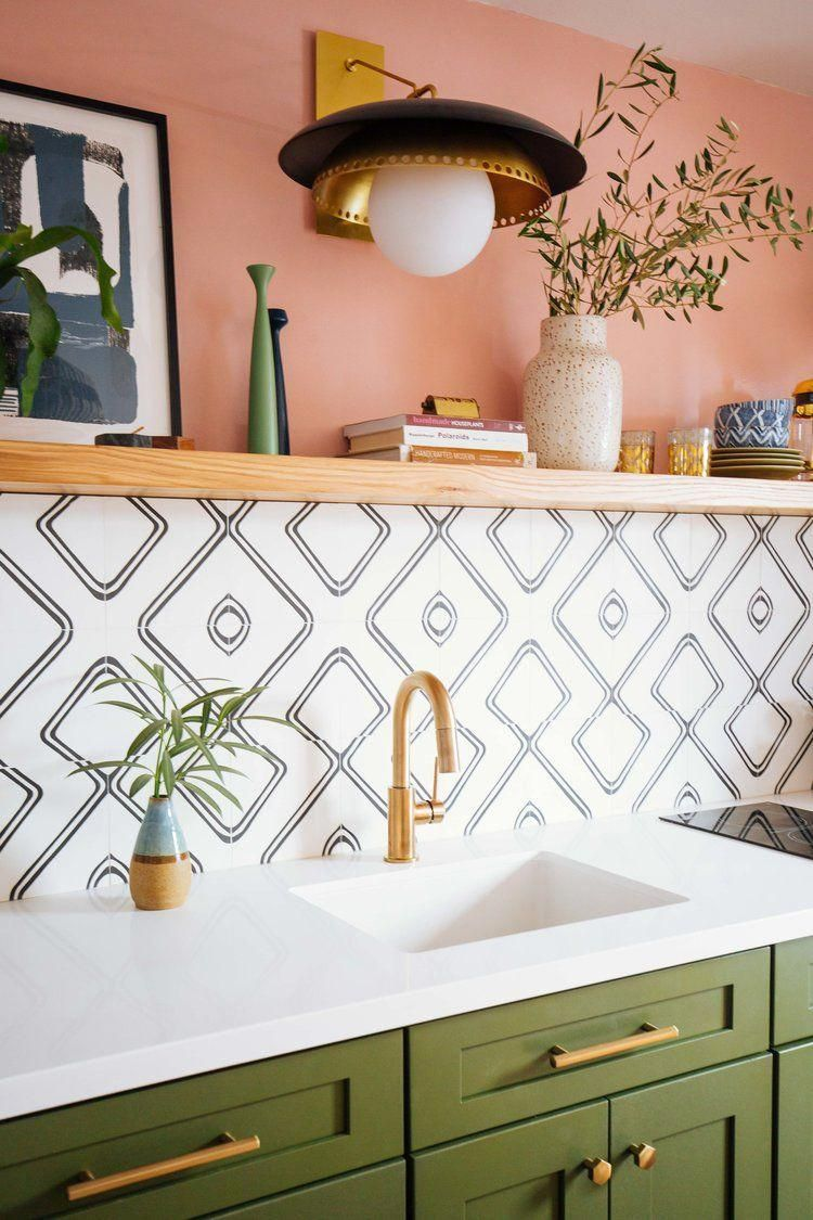 Beautiful Peach And Green Color Palette In This Kitchen With Gold Accents And Lots Of Plants Kitchens Kitchen Design Small Green Cabinets Kitchen Room