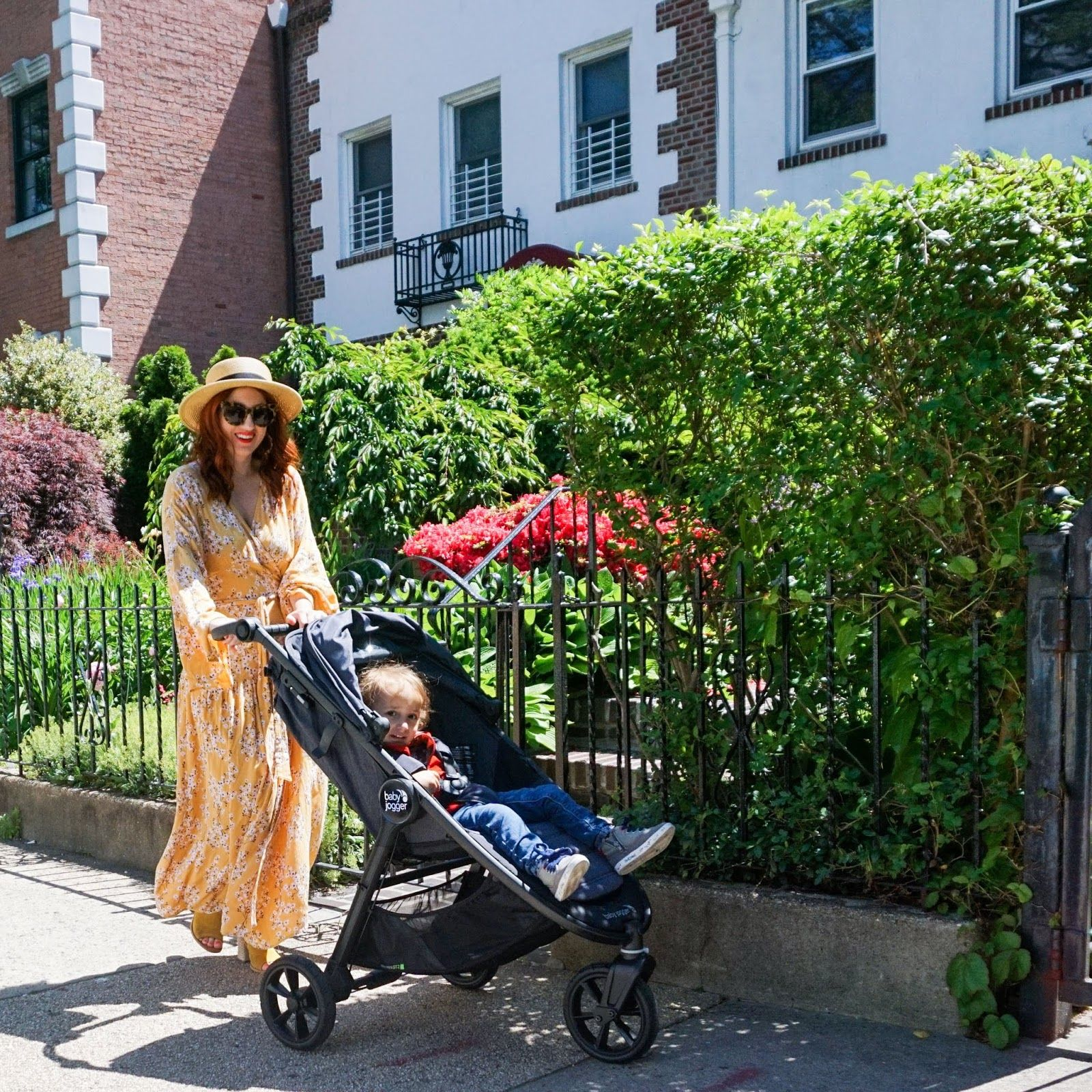 The Mom's Guide To Navigating A New York City Neighborhood