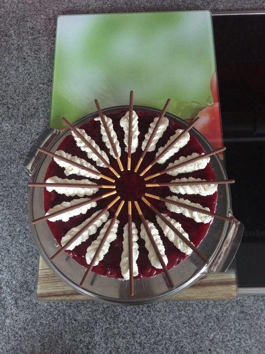 Prinzenrolle Torte Mit Kirschen Kuche Pinterest Kuchen