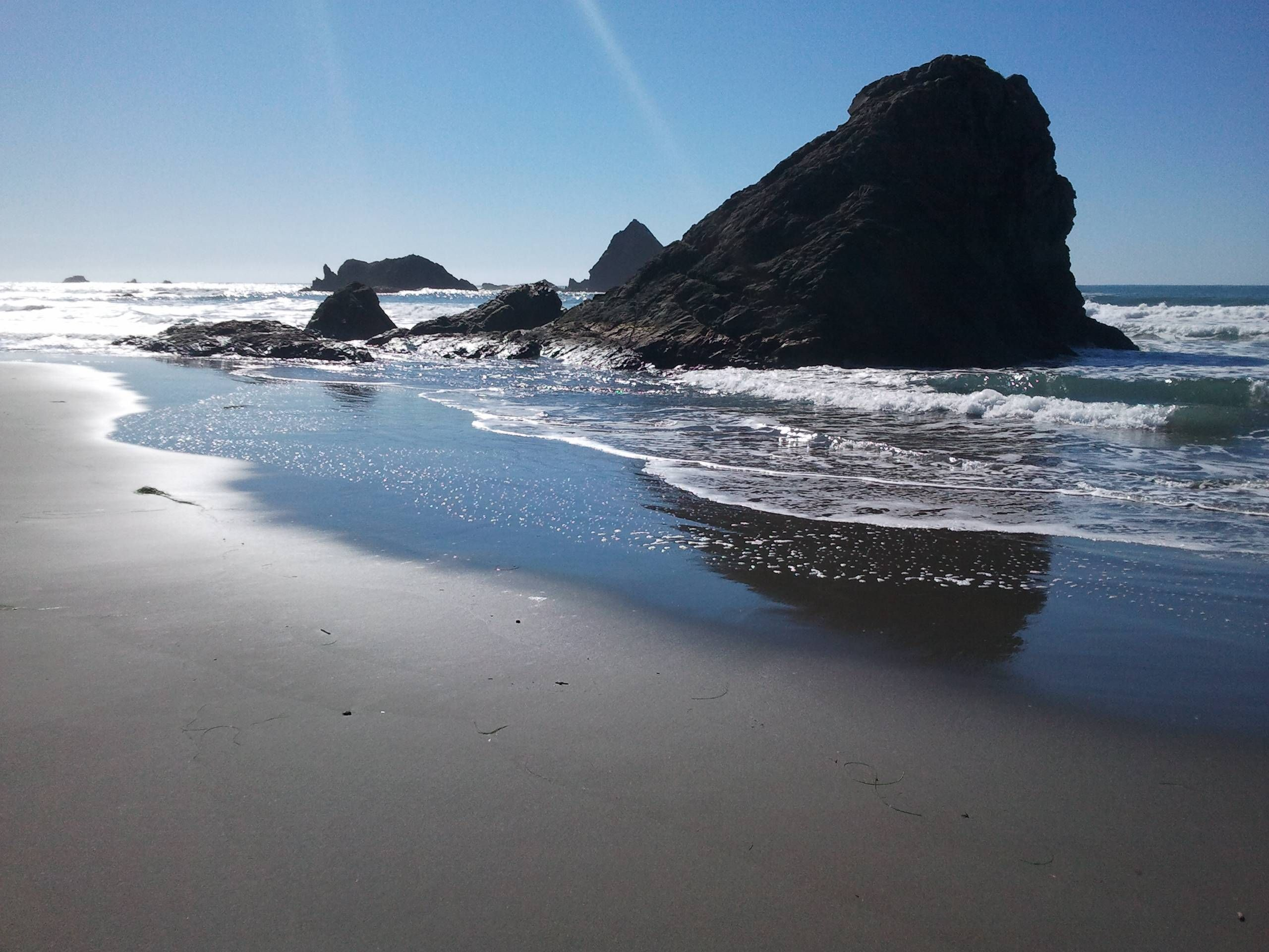 brookings, oregon. harris beach! oh a day at this awesome beach
