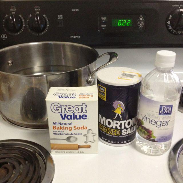 How To Clear A Clogged Drain Salt Baking Soda Vinegar