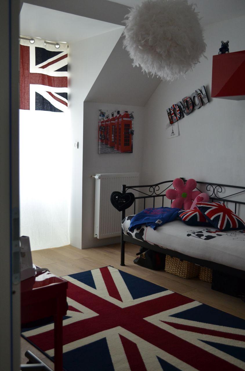 Couleurs Chambre D Enfant Bleu Bordeaux Blanc Deco Chambre