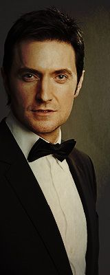 For @Bri Scott because everyone needs Richard Armitage in a tux!