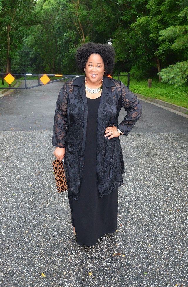 Style | Wearing 1 Dress 2 Ways | Whitney James | Bloglovin'