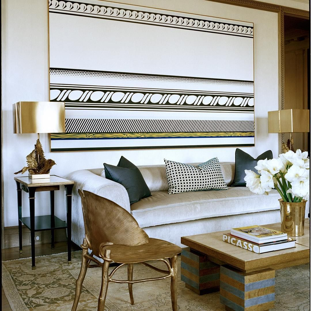 Delante Apartments: This Living Room Of A Fifth Avenue Apartment Features A