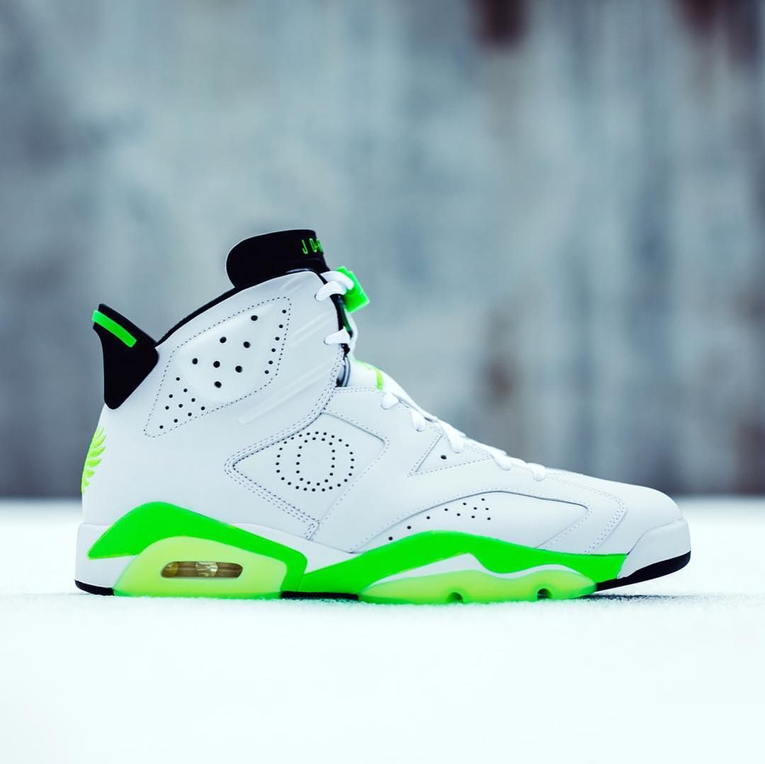 online store a0c06 acfdd xclusive Air Jordan 6s designed by Tinker Hatfield for the ...