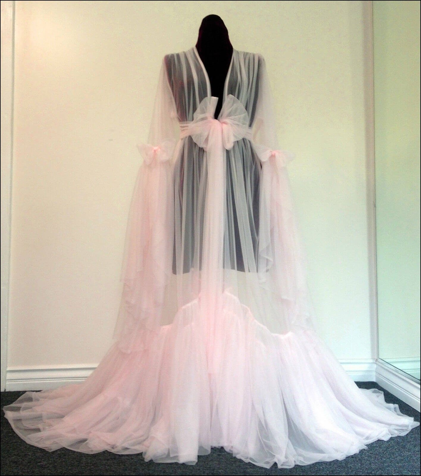 Old Fashioned Dressing Gowns | Dresses and Gowns Ideas | Pinterest ...