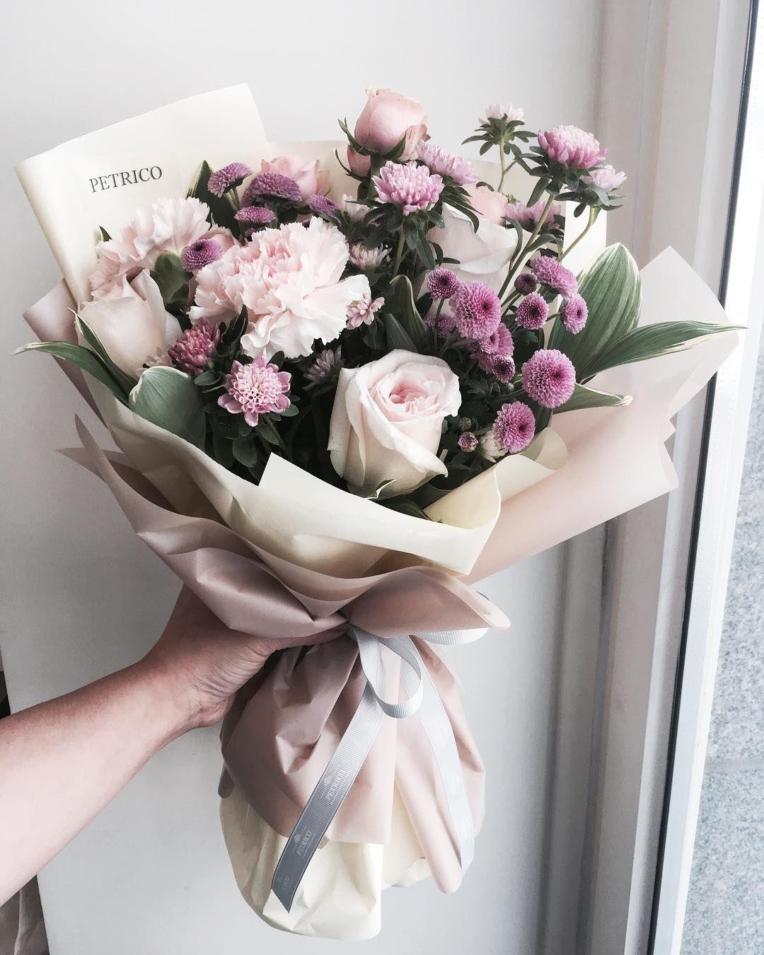 """플로리스트 고하나 florist Goh hana on Instagram: """"#어버이날꽃선물 날씨한번좋네"""