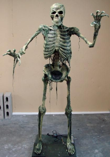 Tutorial~ How to make a dead skeleton look like it\u0027s come alive for