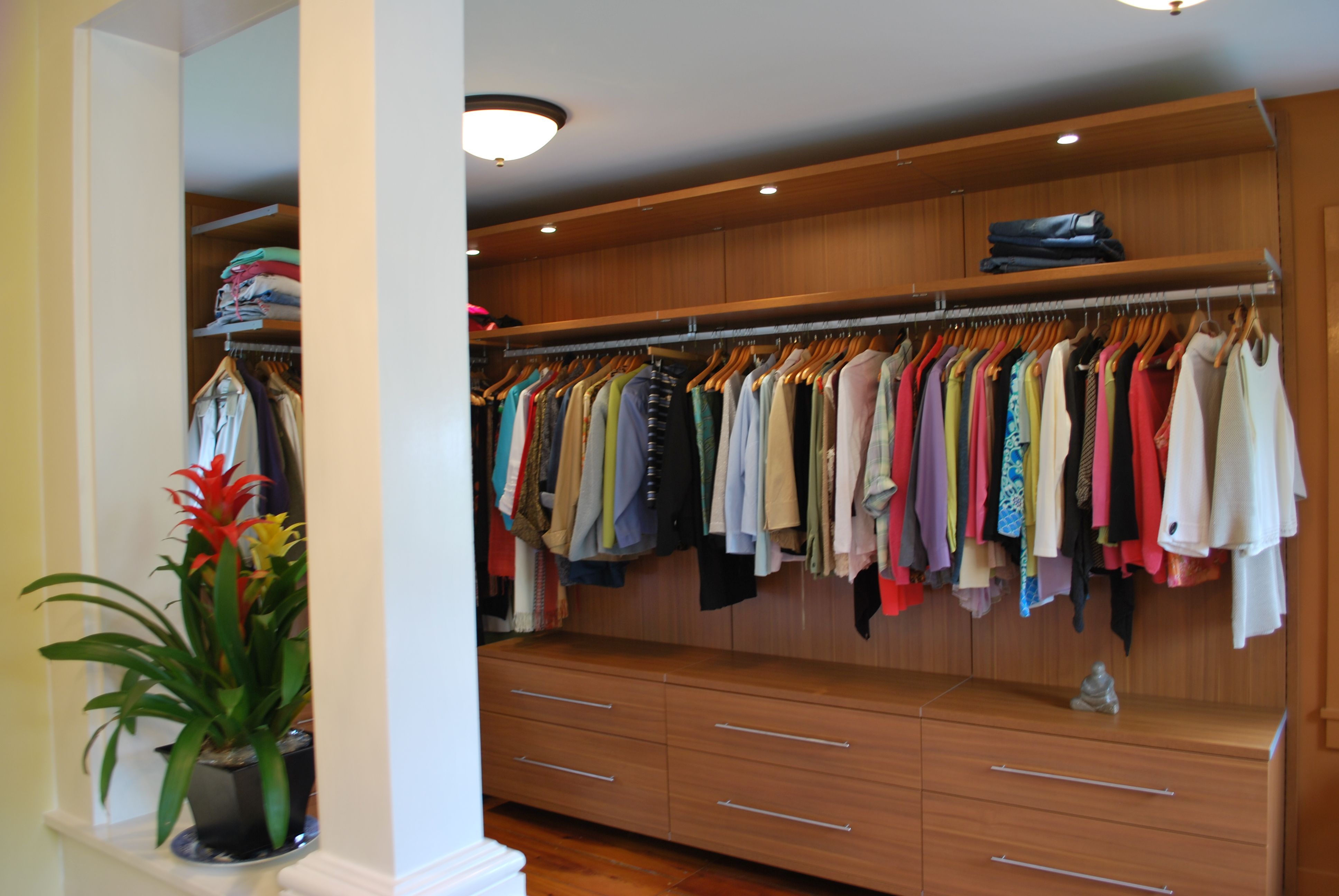 california closets | California Closets Virtuoso Walk-In Closet 1 ...