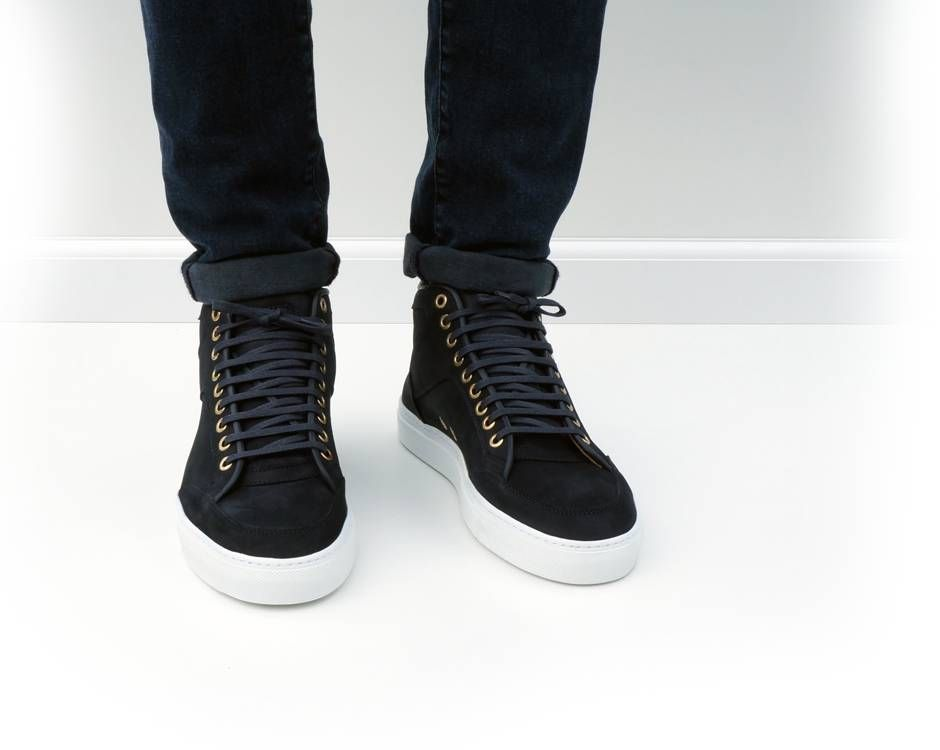 From ETQ Amsterdam, why oh why are there no women's shoes this simple and cool?