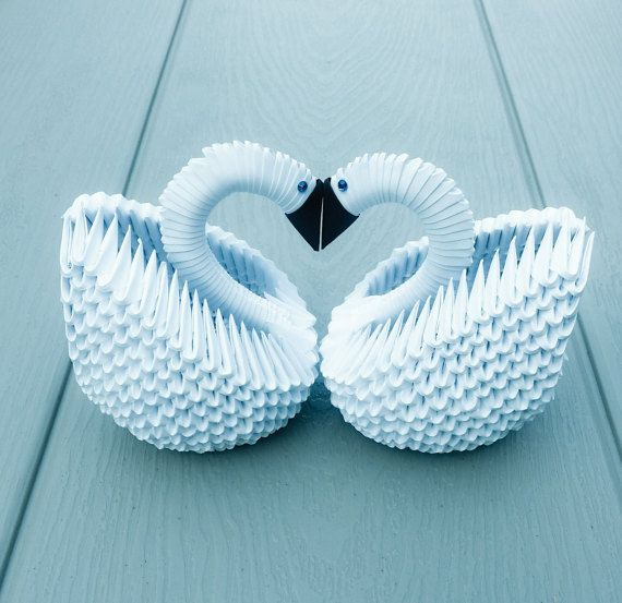 3D Origami 2 White Swans/Swan couple for by creativelittleshop