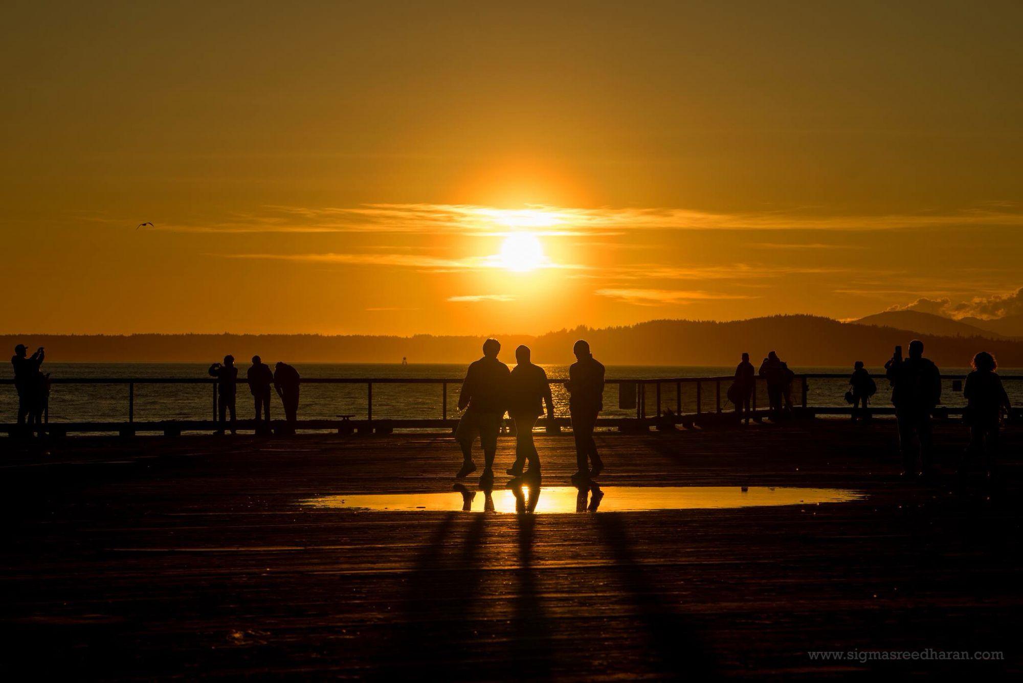 Seattle Waterfront sunset, 2/21/2015 (Sigma Sreedharan Photography)